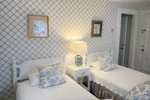 Alcott-second-bedroom-beds